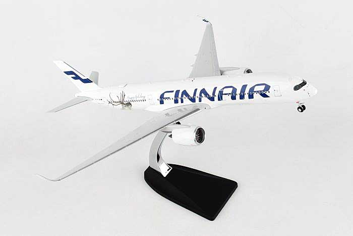 "Finnair A350-900 ""Happy Holidays"" OH-LWD (1:200) , Phoenix 1:200 Scale Diecast Aircraft, Item Number PH2FIN278"