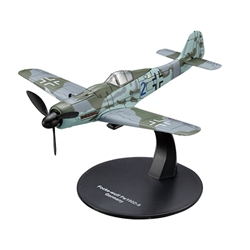 "Focke-Wulf Fw 190D-9 - IV./JG 3 ""Udet,"" Luftwaffe, Prenzlau, Germany, 1945 (1:72)) by  <p> Item Number: DAWF15"