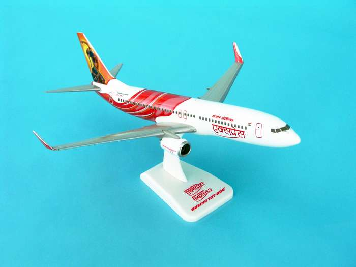 Air India Express 737-800W REG#VT-AXE (1:200) W/Gear, Hogan Wings Collectible Airliner Models Item Number HG3800GE