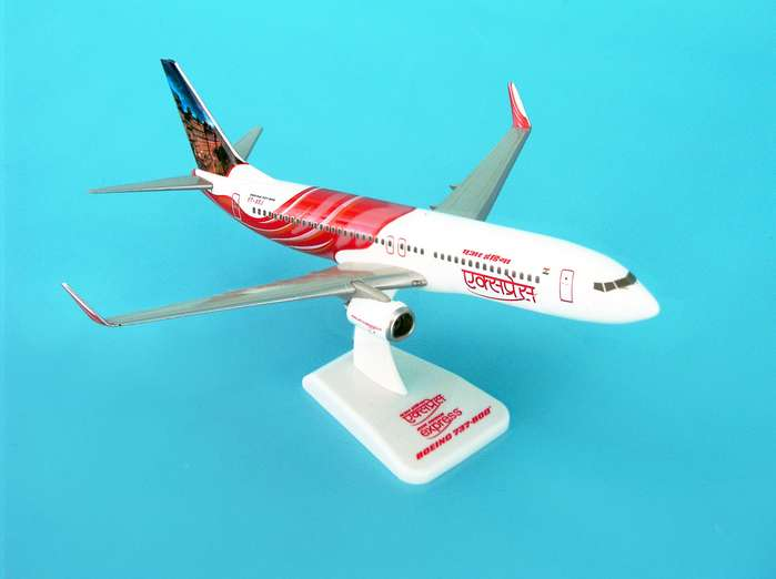 Air India Express 737-800W REG#VT-AXJ (1:200) W/Gear, Hogan Wings Collectible Airliner Models Item Number HG3800GJ