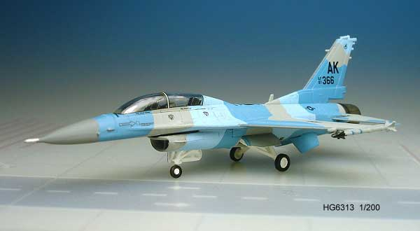 F-16D USAF Blk 30H Eielson Afb (1:200) Blue Foxes, Hogan Wings Collectible Airliner Models Item Number HG6313