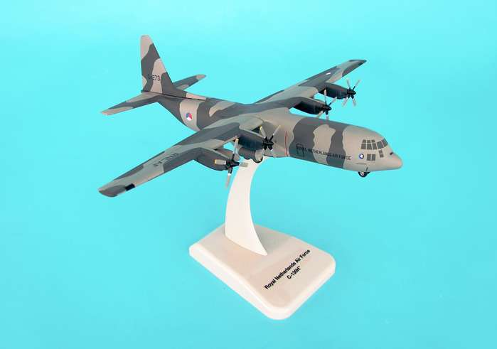 C-130-30 Royal Netherlands Air Force(1:200), Hogan Wings Collectible Airliner Models Item Number HG6429