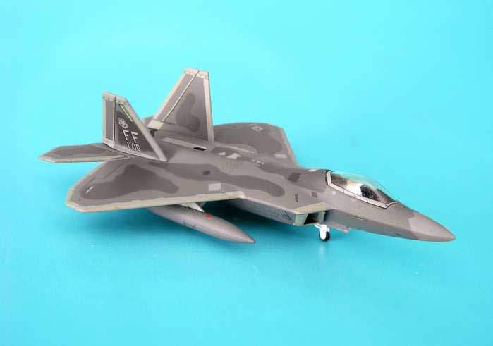 F-22A USAF 1ST Operation Grup Langley Afb (1:200), Hogan Wings Collectible Airliner Models Item Number HG6849