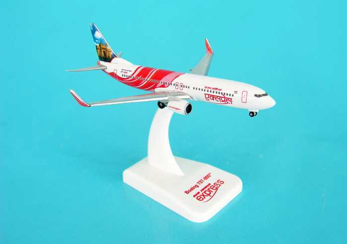 Air India Express 737-800 REG#VT-AXH (1:500), Hogan Wings Collectible Airliner Models Item Number HG8089