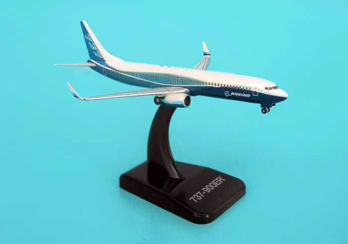 Boeing House 737-900ER With Winglest (1:500), Hogan Wings Collectible Airliner Models Item Number HG8362