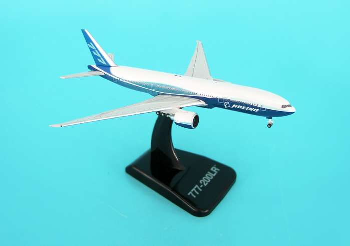 Boeing 777-200LR (1:500), Hogan Wings Collectible Airliner Models Item Number HG8409