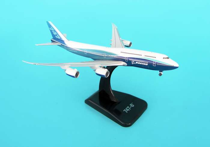 Boeing 747-8 (1:500), Hogan Wings Collectible Airliner Models Item Number HG8430