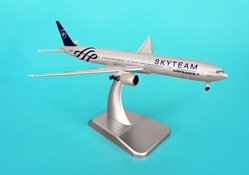 Air France 777-300ER (1:500), Hogan Wings Collectible Airliner Models Item Number HG9031