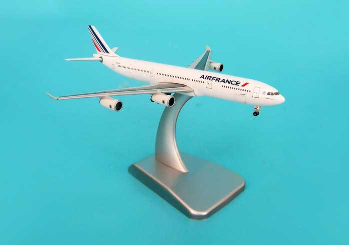Air France A340-300 With Stand & Gear (1:500), Hogan Wings Collectible Airliner Models Item Number HG9291