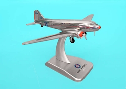 American DC-3 -N17334 (1:200), Hogan Wings Collectible Airliner Models Item Number HG9659-34