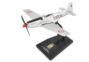 North American P-51K Mustang, 155 Gruppo, 51 Stormo (1:100), Leo Models Italian Air Force Item Number LMF34