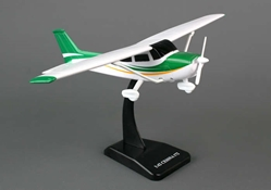 Cessna 172 Skyhawk (1:42 scale), New Ray Diecast Item Number NR20663