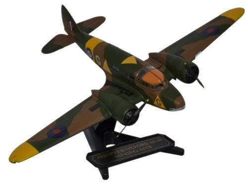 Airspeed AS.10 Oxford Mk.I, MP425, No. 1536 Beam Approach Training Flight, RAF, 1943, RAF Museum, Hendon (1:72), Oxford Diecast 1:72 Scale Models Item Number 72AO001