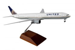 United 777-300 With Wood Stand (1:200) by SkyMarks Airliners Models item number: SKR5103