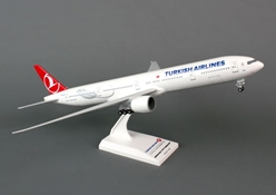 Turkish Airlines B777-300ER (1:200) by SkyMarks Airliners Models item number: SKR740