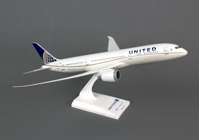 United 787-9 (1:200) by SkyMarks Airliners Models item number: SKR810