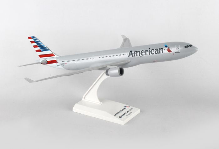 American A330-300 New Colors (1:200) by SkyMarks Airliners Models item number: SKR872