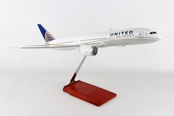 United 787-9 (1:100) by Skymarks Supreme Desktop Aircraft Models item number: SKR9003