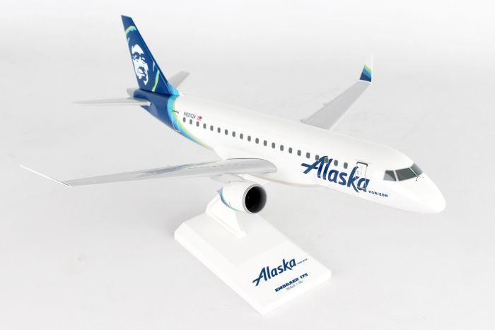 Alaska Horizon Air ERJ-175 N620QX (1:100) by SkyMarks Airliners Models item number: SKR923