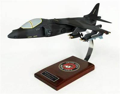 AV-8B Harrier II USMC (1:30)