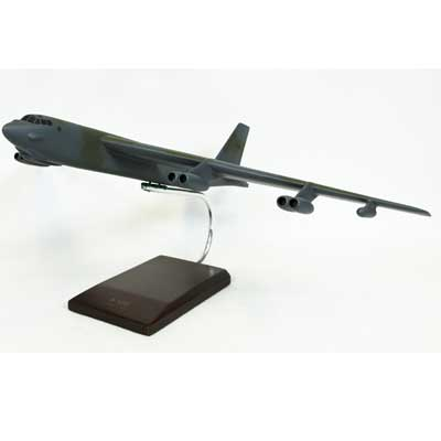 B-52G Stratofortress (1:100), TMC Pacific Desktop Airplane Models Item Number CB52GT