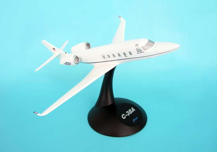 C-38A Courier (1:48), Executive Series Display Models Item Number CC38T