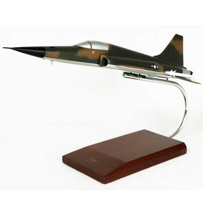 F-5E Tiger II (1:40), TMC Pacific Desktop Airplane Models Item Number CF005T2T