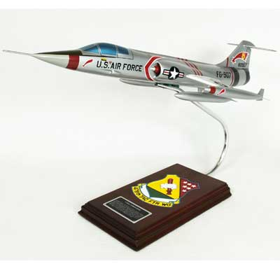 F-104C Starfighter (1:32), TMC Pacific Desktop Airplane Models Item Number CF104TE