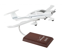 Diamond DA-40 XLS (1:24) by Executive Series Display Models item number: H11724