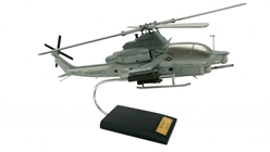 AH-1Z Viper (1:30) by Executive Series Display Models item number: H31230