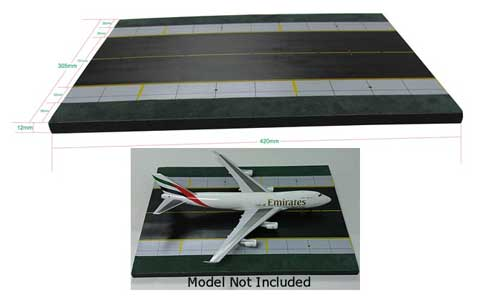 Airport Runway (1:200) Wooden Display Base, InFlight 200 Scale Diecast Airliners Item Number IFDISPLAY01