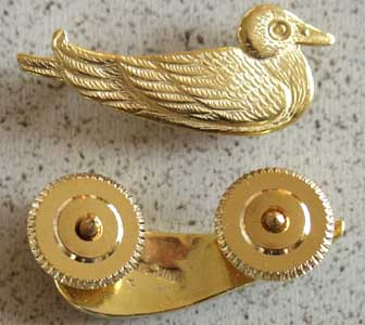 "Sitting Duck pin aka ""Sea Squatters Club"", Weingarten Gallery Item Number P-1569"