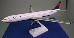 Delta (07-Cur) A330-300 (1:200), Flight Miniatures Snap-Fit Airliners, Item Number AB-33030H-011