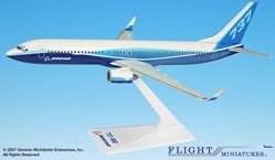 "Boeing 737-900 ""Dreamliner"" w/ Winglets (1:200), Flight Miniatures Snap-Fit Airliners, Item Number BO-73790H-005"