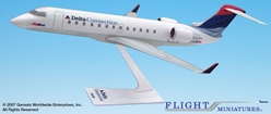 Delta/SkyWest (00-07) CRJ200 (1:100), Flight Miniatures Snap-Fit Airliners, Item Number CA-20000C-004