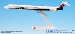 McDonell Douglas House MD-90 (1:200)