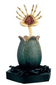 Alien Egg and Facehugger - Aliens 1986  - Cast in Metallic Resin, Eagle Moss Item Number EMAPCON03