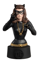 Catwoman 66 - DC Universe Collectors Bust by Eagle Moss Item Number EMDCBUST28