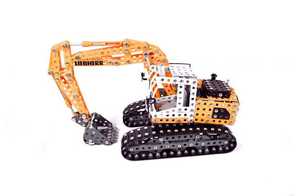 Liebherr 360 Excavator - Metal Construction Kit (1:25), Tronico Item Number TRN10100