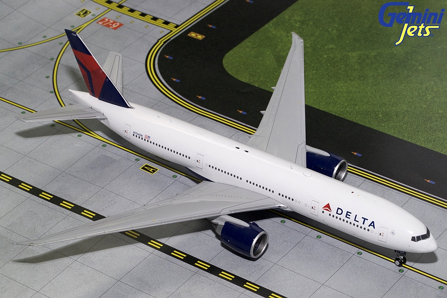Delta B777-200LR N704DK (1:200) - Preorder item, order now for future delivery