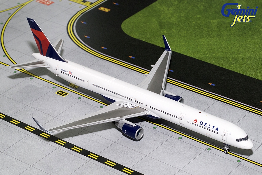 Delta Airlines B757-300 Winglets N585NW (1:200), GeminiJets 200 Diecast Airliners Item Number G2DAL712