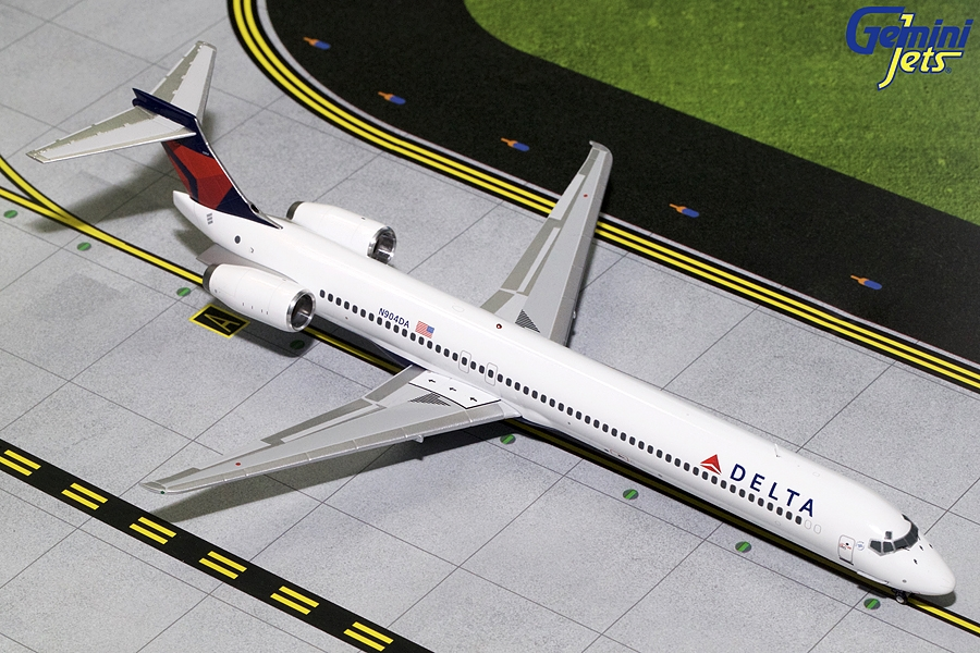 Delta Airlines MD-90 N904DA (1:200)