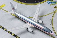 American B737-800W N921NN (Polished Retro) (1:400) by GeminiJets 400 Diecast Airliners Item Number: GJAAL1802