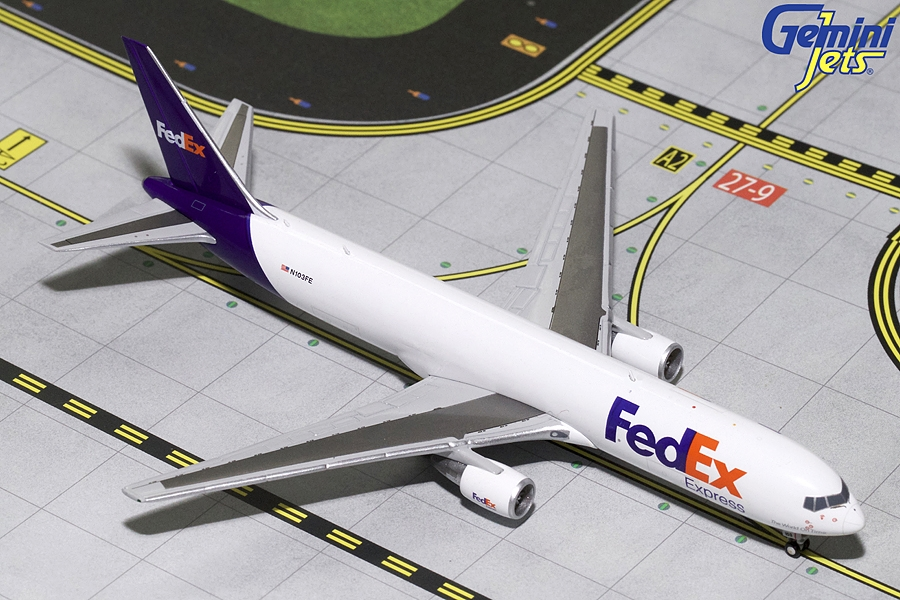 Fedex B767-300F N103FE (1:400) - Preorder item, order now for future delivery