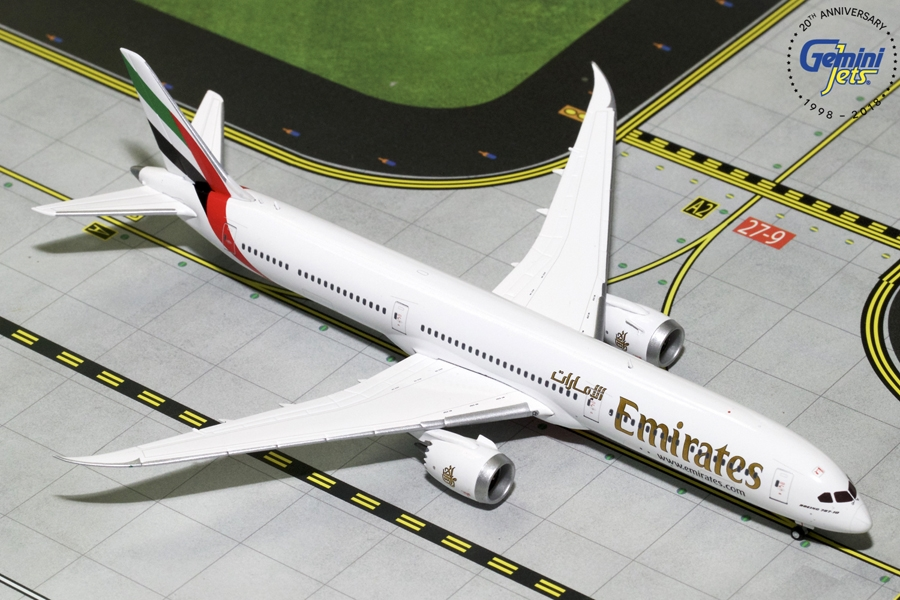 Emirates B787-10 (1:400) - New Mould - Preorder item, order now for future delivery, GeminiJets 400 Diecast Airliners Item Number GJUAE1761