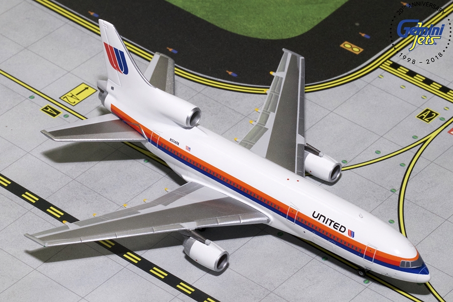 "United L-1011-500 ""Saul Bass Livery"" N514PA (1:400), GeminiJets 400 Diecast Airliners, GJUAL1689"