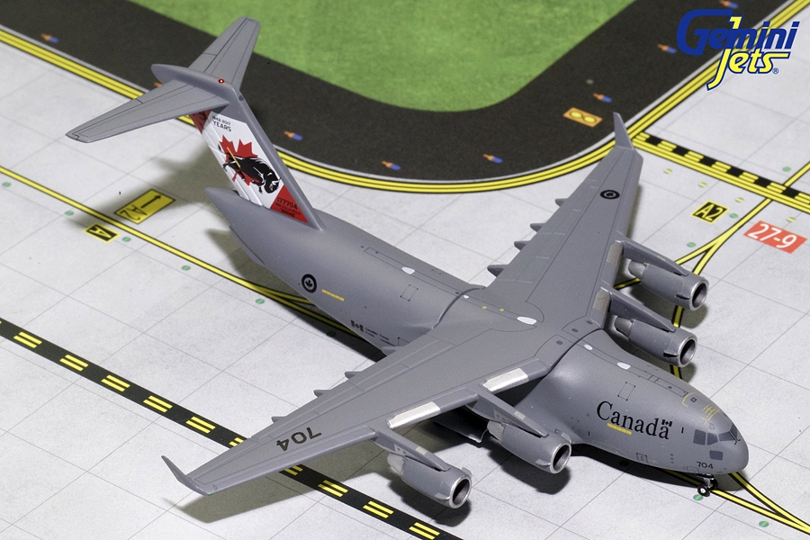 "Canadian Air Force Boeing C-17 ""75 Years"" 177704 (1:400)"
