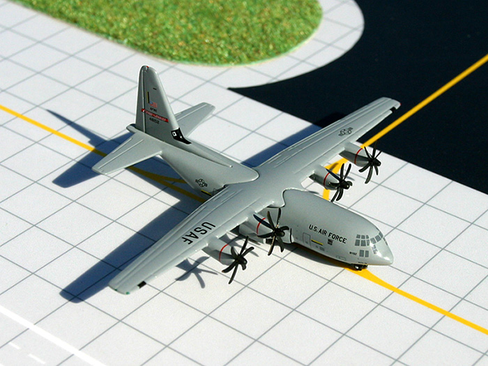 "USAF C-130J ""Flying Jennies"" (1:400)"