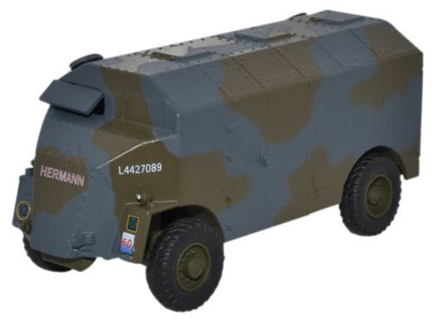 "AEC ""Dorchester"" Armoured Command Vehicle, 8th Armoured Division, British Army, 1941 (1:76 OO Scale) by Oxford Diecast Military Vehicles"