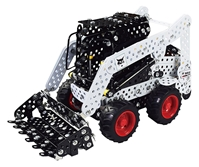 Bobcat Skid Loader - Metal Construction Kit (1:32)
